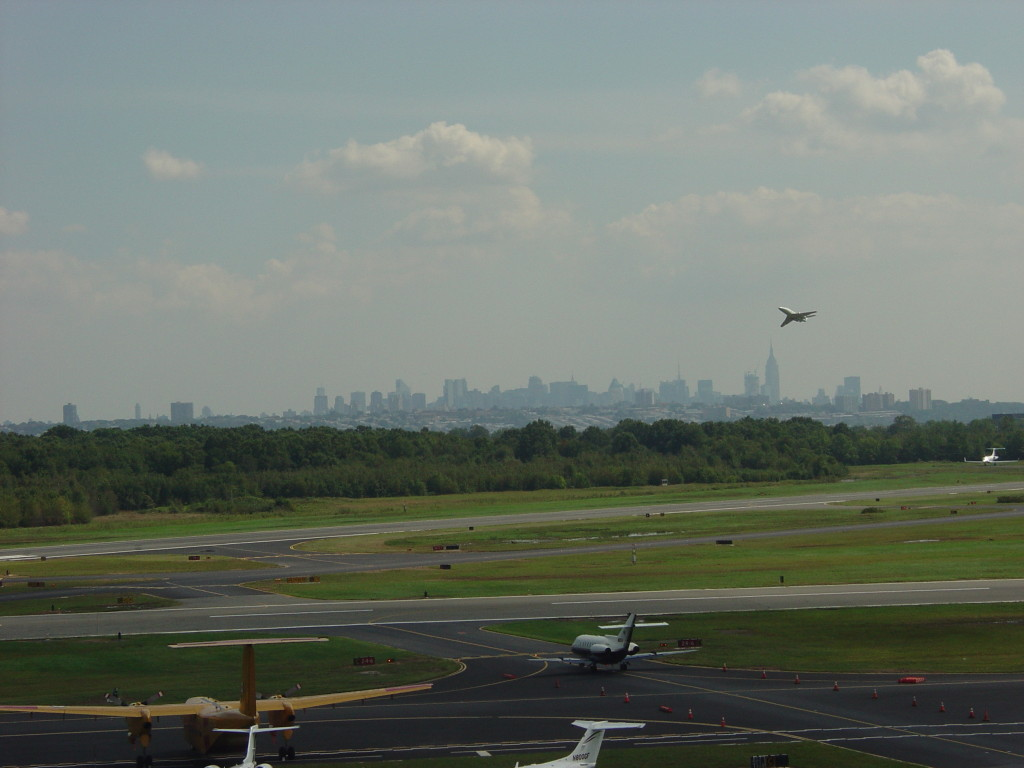 teterboro-airport-is-owned-and-managed-by-the-port-authority-of-new-york-and-new-jersey-newark-liberty-international-airport-is-also-just-10-miles-away